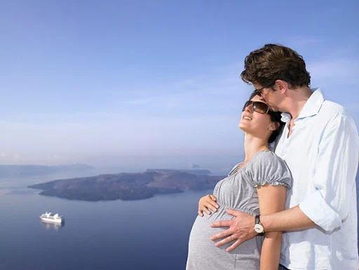 Bà bầu có nên đi du lịch không? 10 điều lưu ý khi bà bầu đi du lịch ngày hè - Ảnh 2