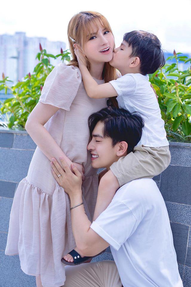 Thu Thủy lần đầu trải lòng khi mang thai lần 2: Ông xã nhiều đêm thức chăm vợ, ốm nghén chẳng khác gì bà bầu - Ảnh 1