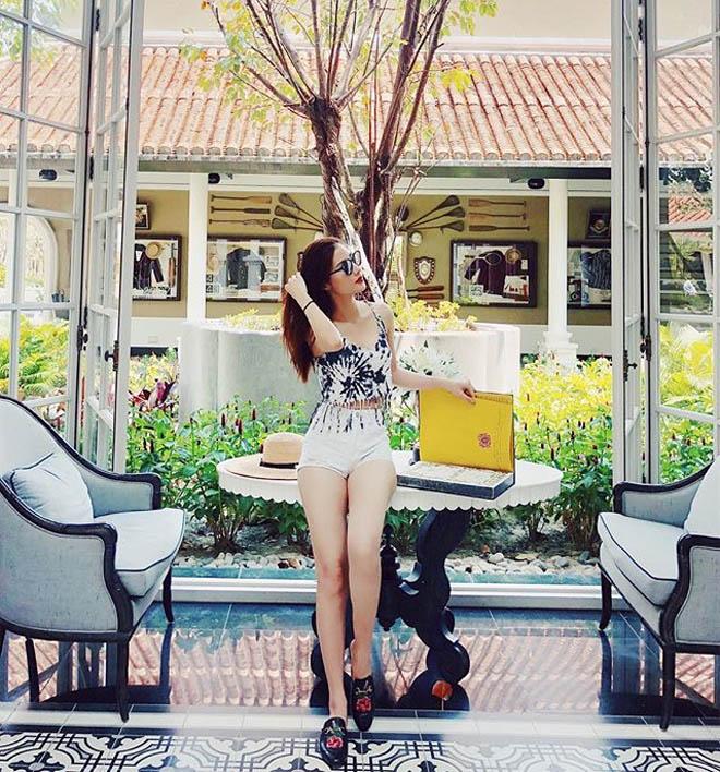 Diễm My 9x khoe thân nóng bỏng, tận hưởng kỳ nghỉ bên bạn trai Việt kiều - Ảnh 4