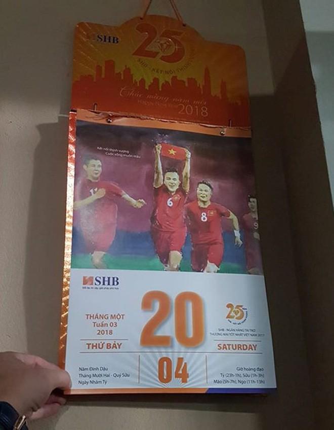 Tờ lịch năm ngoái ở Việt Nam vô tình dự đoán trúng số phận của Messi ở World Cup 2018 - Ảnh 3