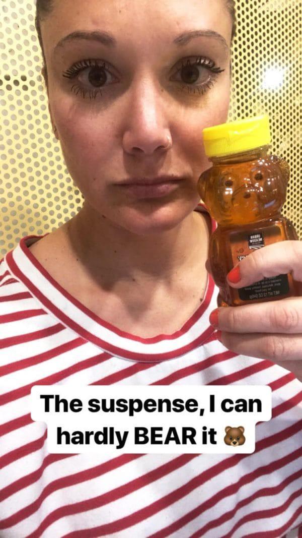 """Kem đánh răng, ớt bột đến mù tạt… cô nàng đích thân thử nghiệm 5 cách """"bơm"""" môi căng mọng tự nhiên để xem tác dụng thực hư - Ảnh 4"""