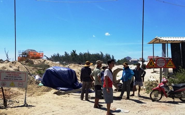 Dân phản đối doanh nghiệp xây khu du lịch trên đường dân sinh - Ảnh 2