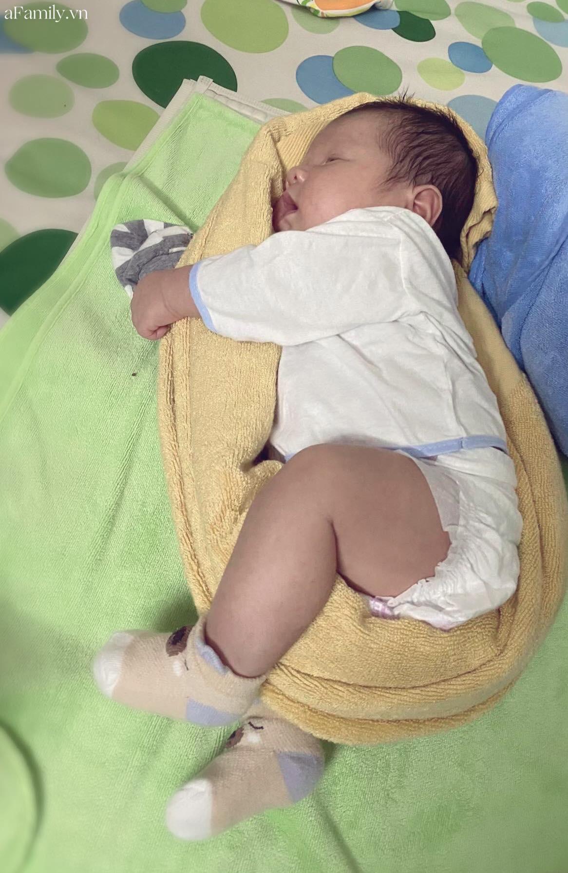Khoe ảnh con ngủ, mẹ trẻ khiến cả loạt mẹ bỉm sữa rào rào nhận Đúng con mình đây rồi! vì 1 điểm quá giống - Ảnh 4