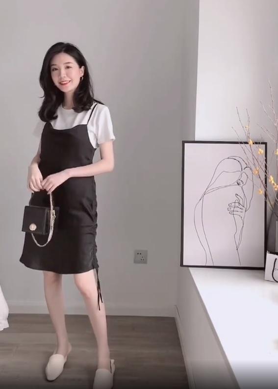 Không tin chỉ 1 chiếc váy đen mà mặc được từ đi làm tới đi chơi, nàng công sở ra tay chứng minh với 11 set đồ bắt mắt - Ảnh 12