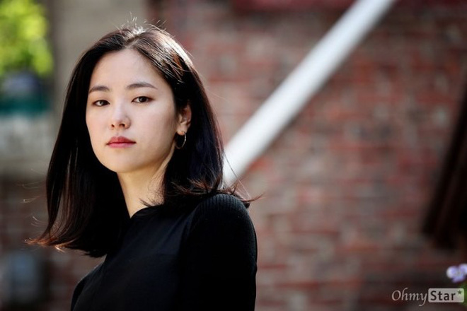 Song Joong Ki 'bị dụ' làm trùm mafia, bén duyên với 'gái ế' Jeon Yeo Bin ở dự án phim mới - Ảnh 5