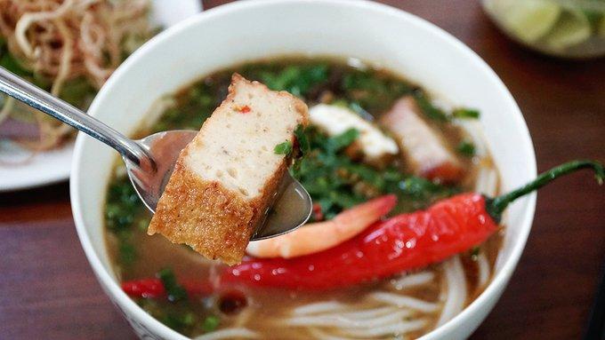 Quán bún mắm, bún thịt nướng có thâm niên trên 20 năm ở Sài Gòn - Ảnh 2