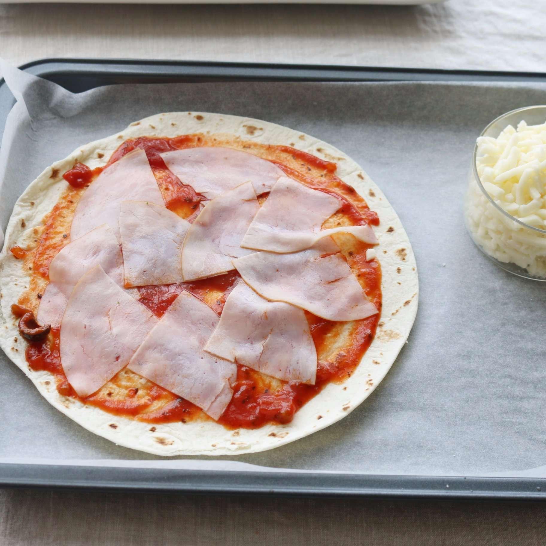 Bật mí công thức pizza cầu vồng cực đơn giản nhưng hút mắt vô cùng - Ảnh 4