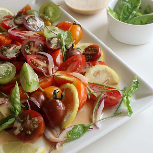 Với công thức nước xốt này tôi chỉ làm 1 lần mà có thể ăn salad cả tuần! - Ảnh 5