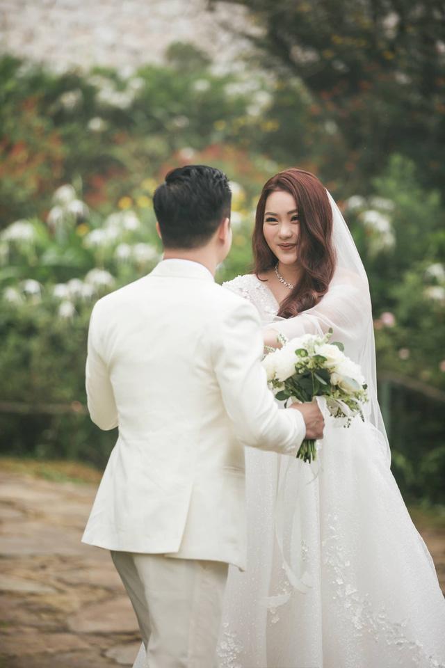 Cặp đôi thực hiện bộ ảnh cưới tại Sa Pa làm kỷ niệm - Ảnh: FB