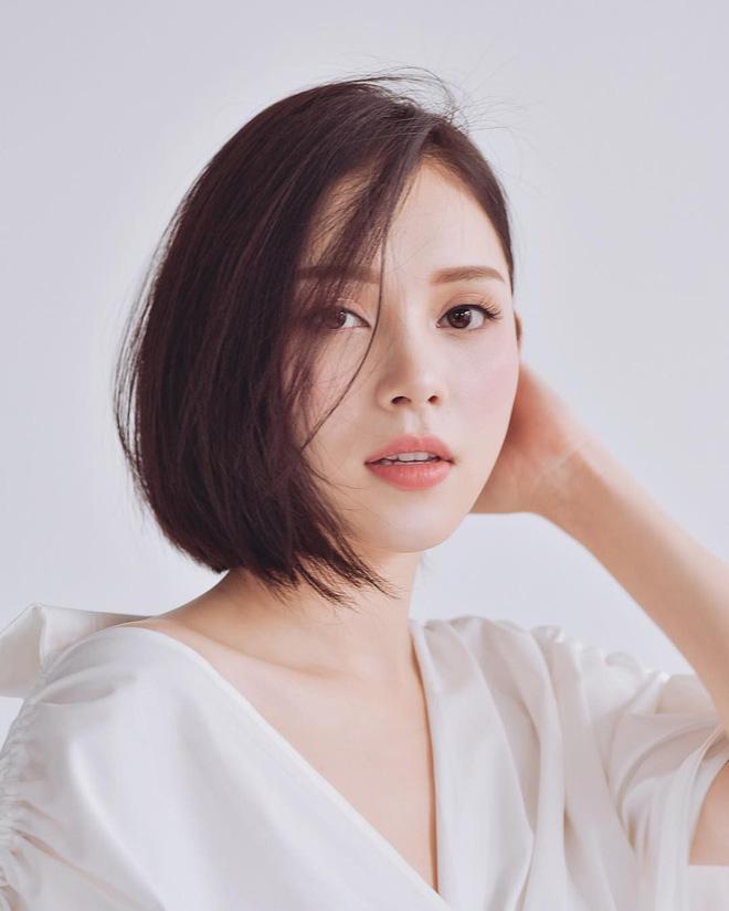 Găm đủ 3 bí kíp makeup đẹp tuyệt từ Linh Rin, khéo bạn sẽ sớm tìm được nửa kia xuất sắc như Phillip Nguyễn - Ảnh 5