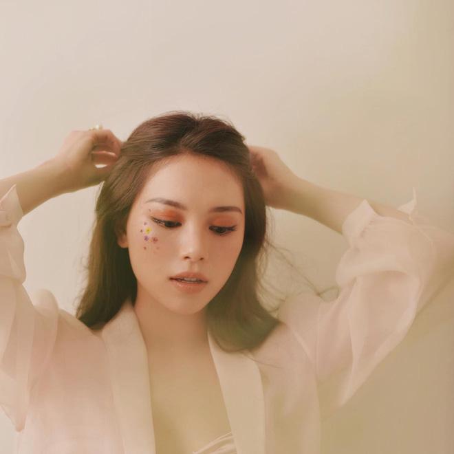 Găm đủ 3 bí kíp makeup đẹp tuyệt từ Linh Rin, khéo bạn sẽ sớm tìm được nửa kia xuất sắc như Phillip Nguyễn - Ảnh 7