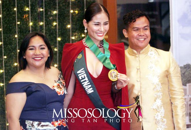 Hoàng Hạnh đạt giải vàng đầu tiên ở Hoa hậu Trái Đất - Ảnh 2