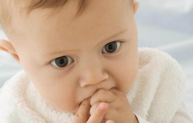 Những thói quen xấu khiến trẻ bị la mắng nhưng bố mẹ không biết chính mình mới là người 'làm hư' con - Ảnh 2