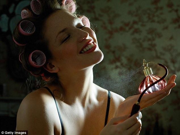 5 sai lầm phổ biến khi sử dụng nước hoa không phải ai cũng biết - Ảnh 2