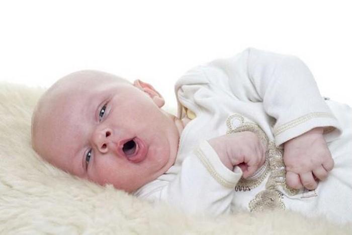 Cảnh báo: Cho trẻ sơ sinh uống nước coi chừng làm hại con - Ảnh 3