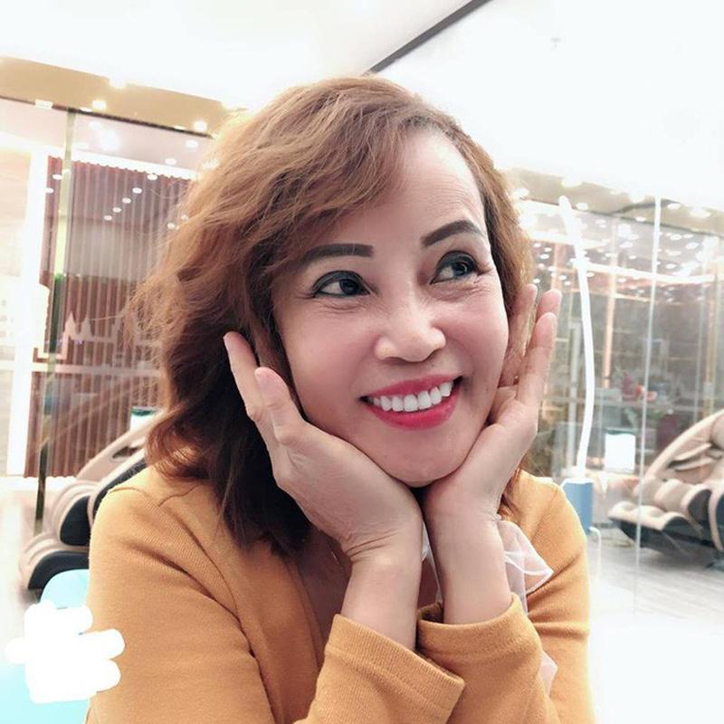 """Hơn chồng 36 tuổi, cô dâu Cao Bằng """"đại tu"""" những bộ phận này để không bị nhầm là MẸ-CON - Ảnh 7"""