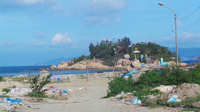 Khánh Hòa thu hồi 2 dự án tai tiếng lấp vịnh Nha Trang - Ảnh 1