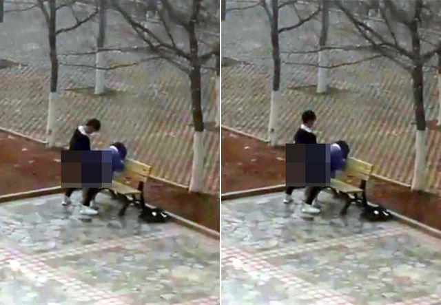 Cặp đôi sinh viên 'mây mưa' trên sân trường, say sưa thay đổi tư thế khiến người xem choáng váng - Ảnh 1
