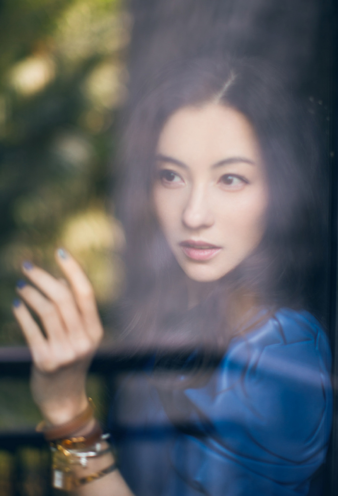 Mới sinh con được 2 tháng, Trương Bá Chi vẫn hết lòng giúp Châu Tinh Trì quảng bá phim mới - Ảnh 3