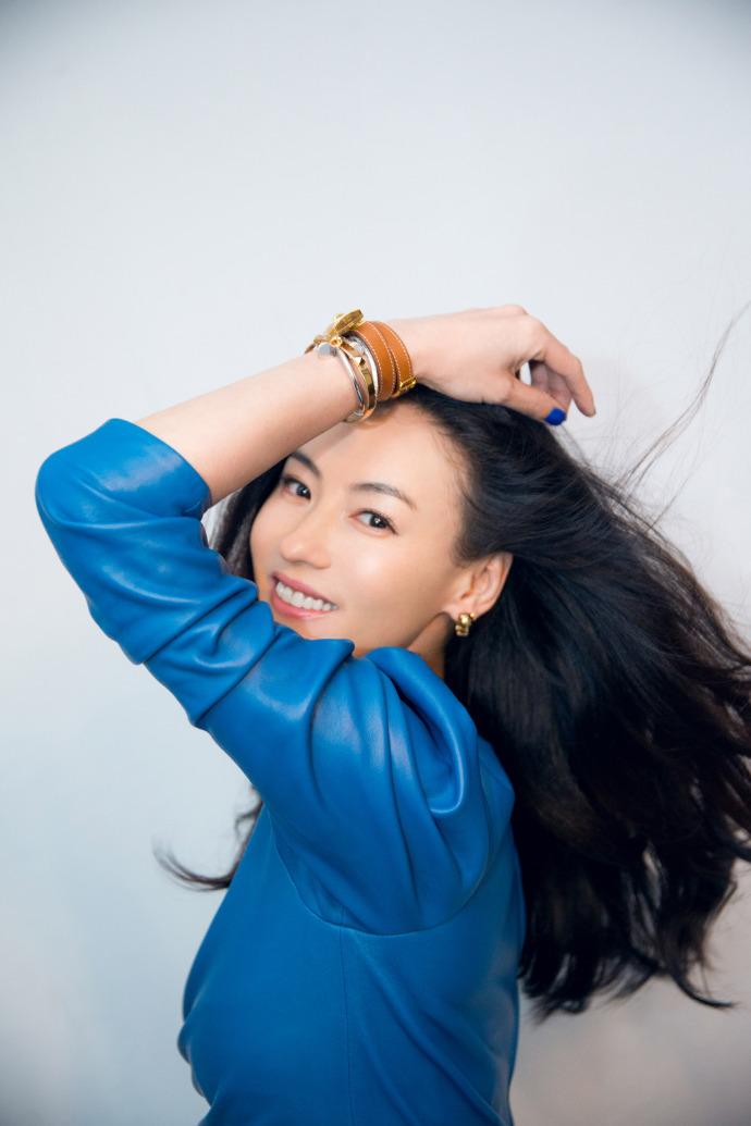 Mới sinh con được 2 tháng, Trương Bá Chi vẫn hết lòng giúp Châu Tinh Trì quảng bá phim mới - Ảnh 4