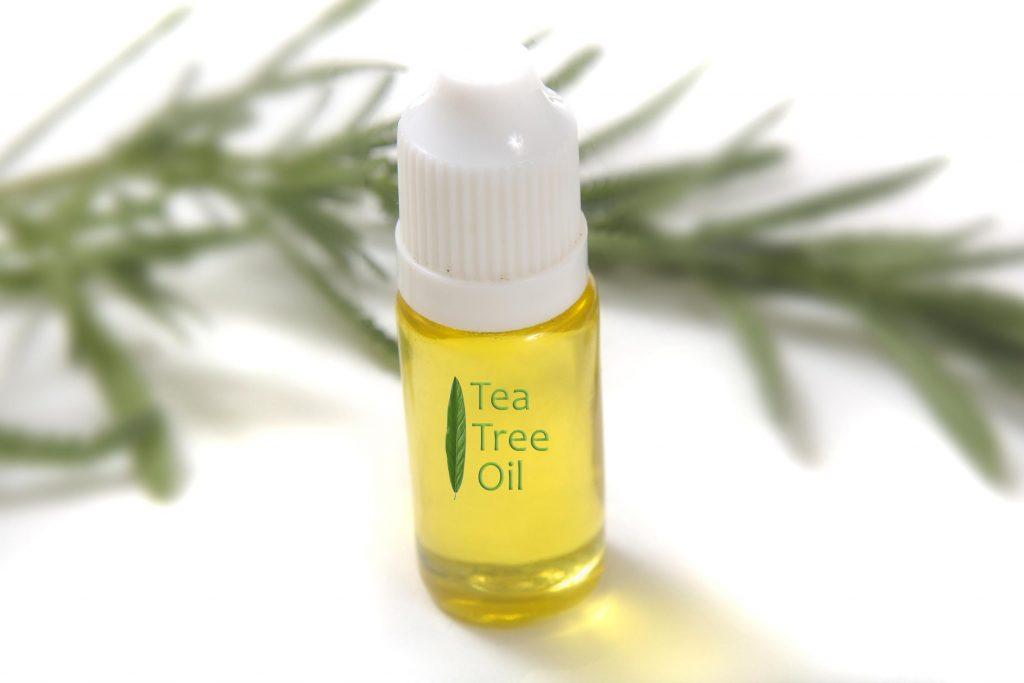 5 loại tinh dầu tự nhiên có thể xóa mờ đốm đen, ngăn ngừa lão hóa hiệu quả - Ảnh 1