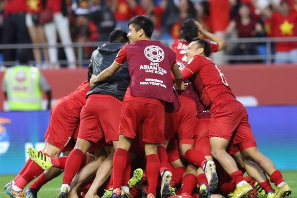 """Nữ diễn viên 'Hotel King"""" - Lee Da Hae bất ngờ đăng ảnh chúc mừng đội tuyển Việt Nam sau trận thắng Jordan - Ảnh 1"""