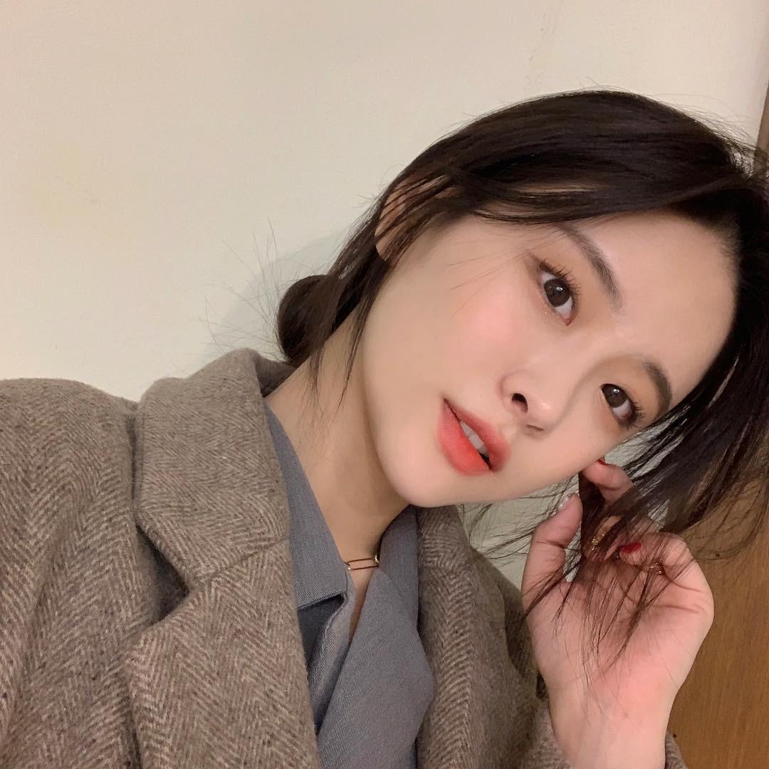 Phụ nữ Hàn Quốc thường làm 5 bước này vào buổi sáng để sở hữu làn da trắng hồng, căng mướt và tươi tắn cả ngày dài - Ảnh 4