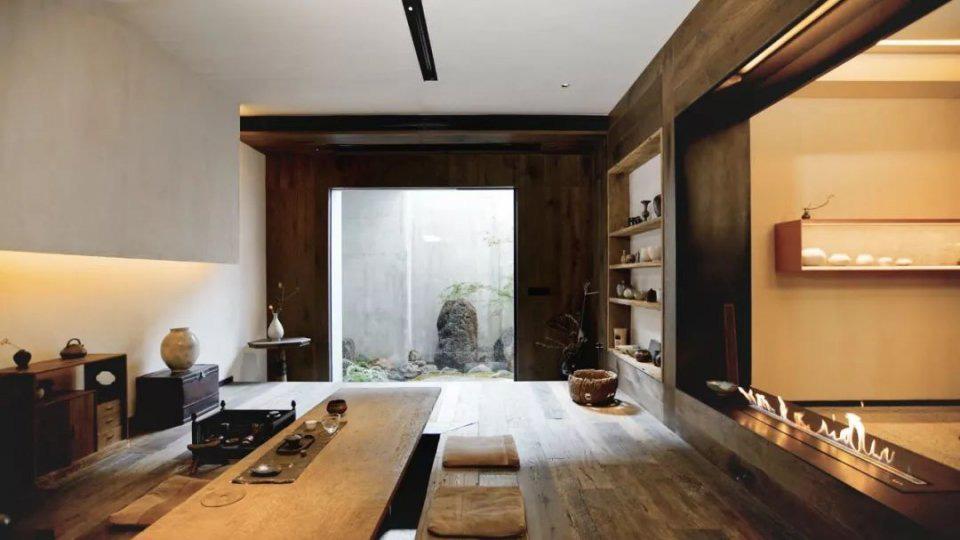 Cặp vợ chồng trẻ cải tạo căn nhà ngoại ô rộng 150m² đã xây cách đây 20 năm thành không gian góc nào cũng đẹp đến cực độ - Ảnh 2
