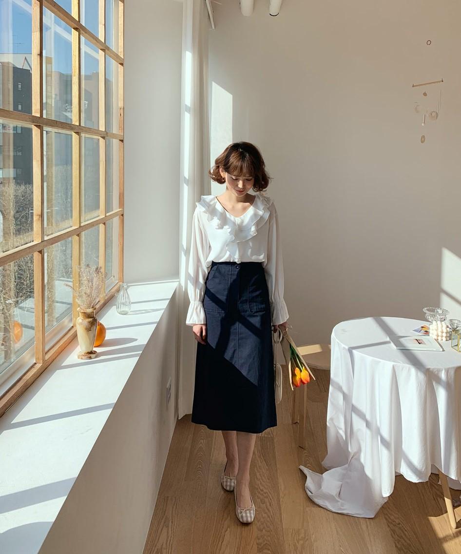 Chuyên nghiệp như chân váy bút chì nhưng không hề kén dáng, chân váy suông chính là item nàng công sở nên sắm ngay - Ảnh 6