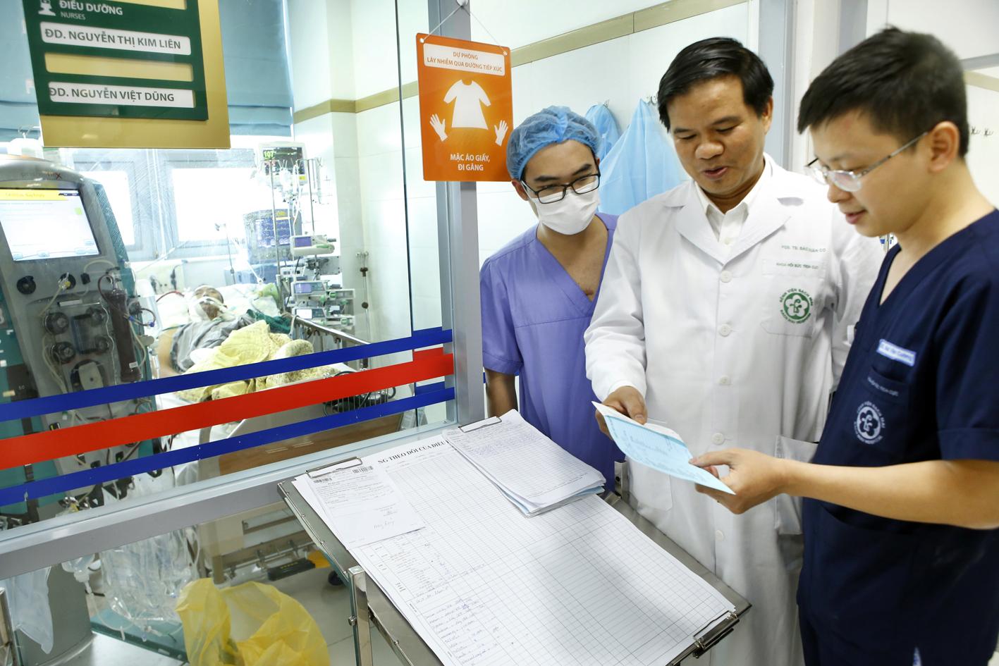 Cúm A/H1N1: Bệnh cúm mùa đang gây nguy hiểm cho nhiều người - Ảnh 1