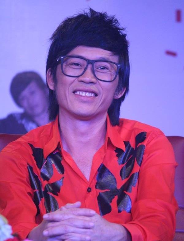 Hoài Linh tiết lộ độc chiêu giải hạn 'tam tai' trong năm 2019 - Ảnh 1