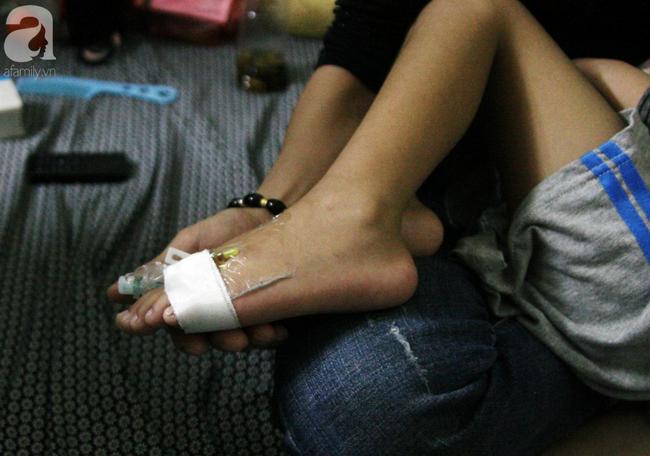 Con trai 4 tuổi mắc ung thư máu và câu hỏi đêm giao thừa trong bệnh viện khiến cha mẹ khóc suốt đêm - Ảnh 7