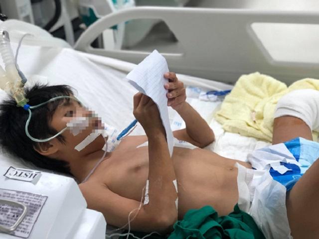 Bé trai 11 tuổi bị vi khuẩn tụ cầu vàng ăn vào tim, hôn mê sau chỉ sau một cú ngã xe - Ảnh 1