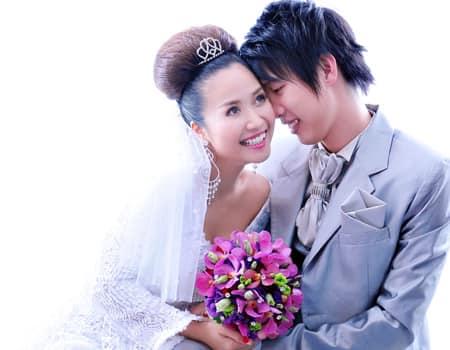 Ốc Thanh Vân tung bộ ảnh cưới cách đây 11 năm, lộ 'bí mật' về chiếc váy cưới cất giữ nhiều năm - Ảnh 3