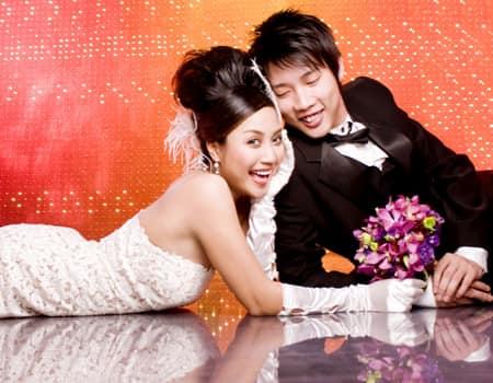 Ốc Thanh Vân tung bộ ảnh cưới cách đây 11 năm, lộ 'bí mật' về chiếc váy cưới cất giữ nhiều năm - Ảnh 4