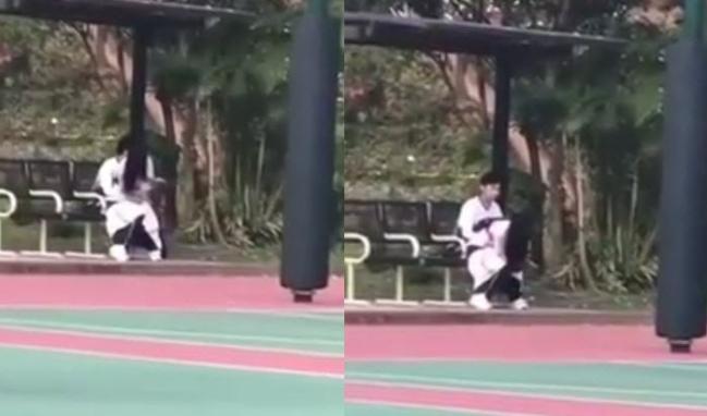 Cặp đôi học sinh bị nghi 'mây mưa' giữa sân bóng khiến những người chứng kiến chết sững - Ảnh 1