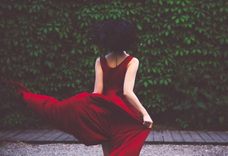 Tâm sự đàn bà một đời chồng: Tổn thương đủ rồi, hãy như đóa hoa nở rộ lần hai kiên cường và xinh đẹp! - Ảnh 2