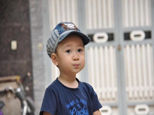 Quang Minh, em bé 4 tuổi chiến đấu với bệnh ung thư máu bằng tất cả niềm lạc quan đã ra đi mãi mãi - Ảnh 2