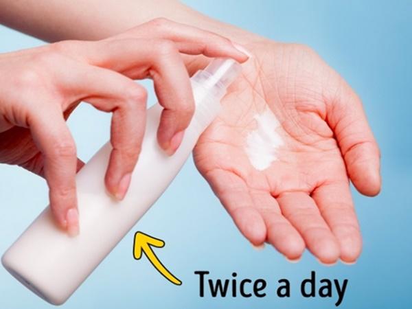 5 bí quyết cho bàn tay bạn trông trẻ hơn 10 tuổi - Ảnh 3