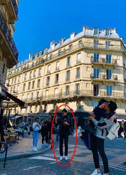 Trấn Thành và Hari Won 'tình bể bình' ở Paris, nhưng Trịnh Thăng Bình mới là tâm điểm của loạt hình - Ảnh 6
