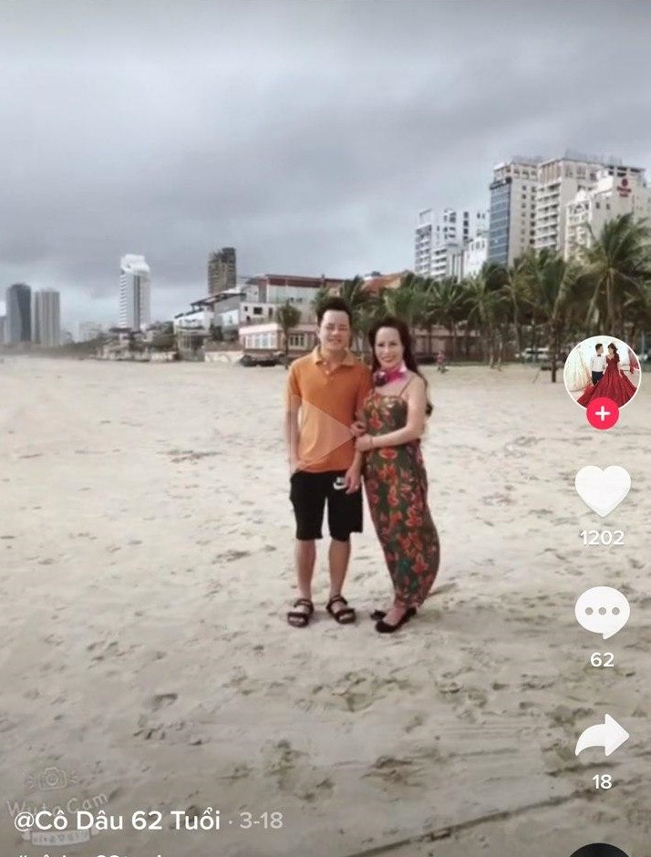 Cô dâu 62 tuổi cùng chồng trẻ lặn lội vào Đồng Nai gặp cô dâu 65 tuổi, giãi bày cách vượt dư luận và giữ hạnh phúc - Ảnh 7