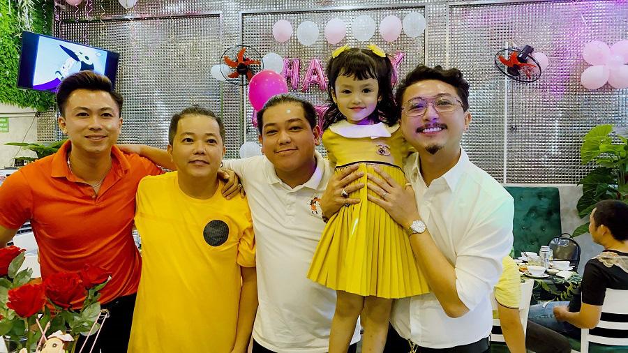 Hồ Việt Trung xin lỗi con gái vì không giữ được hôn nhân - Ảnh 4