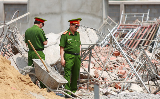 Khởi tố vụ sập tường khiến 10 người tử vong ở tỉnh Đồng Nai - Ảnh 1