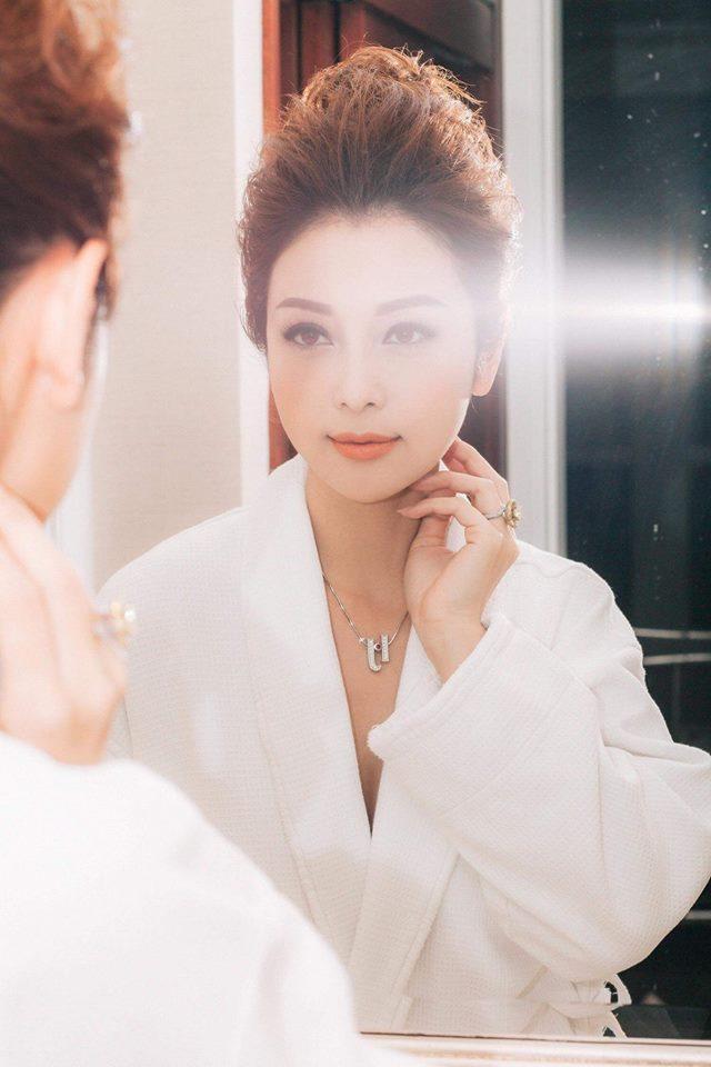 Hoa hậu Jennifer Phạm khen ông xã đại gia: 'Có chồng tâm lý thích lắm' - Ảnh 3