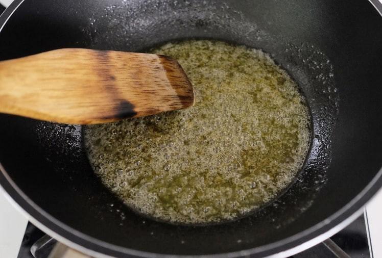 Đây là bí quyết làm snack khoai tây mỏng giòn ngon hơn đi mua - Ảnh 5