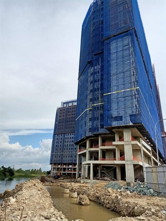 Cơ quan chức năng nói gì về dự án Marina Tower lấn sông nghiêm trọng? - Ảnh 1