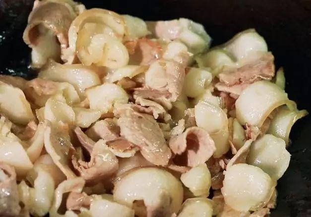 Rang thịt lợn, đừng cho ngay trực tiếp vào chảo, thêm bước này, thịt tuyệt ngon lại không ngấy - Ảnh 1