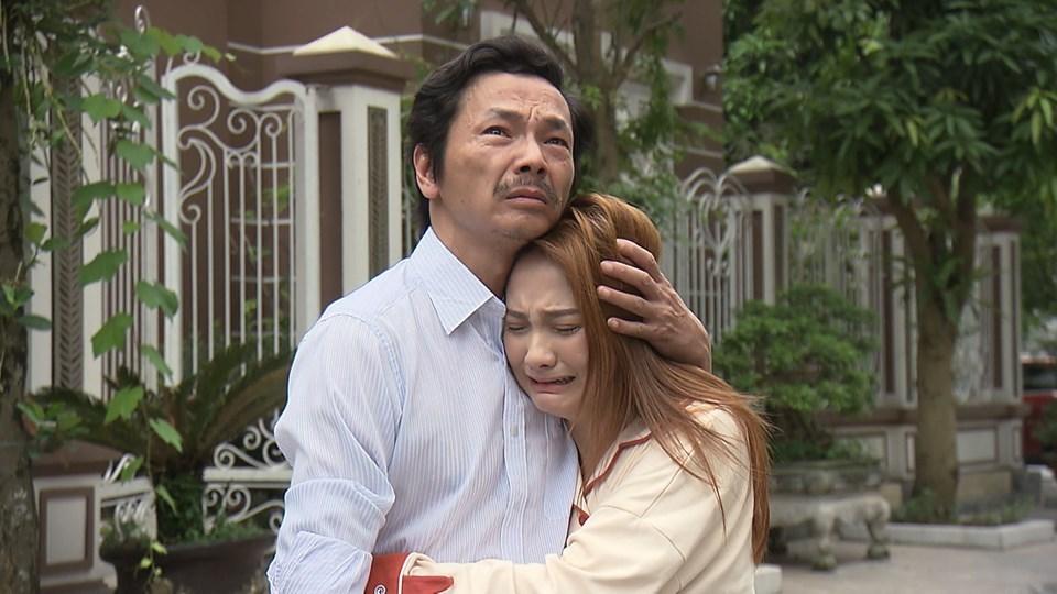 Trung Anh không dám xem lại cảnh ông Sơn đến nhà Vũ khóc đón Thư về - Ảnh 2