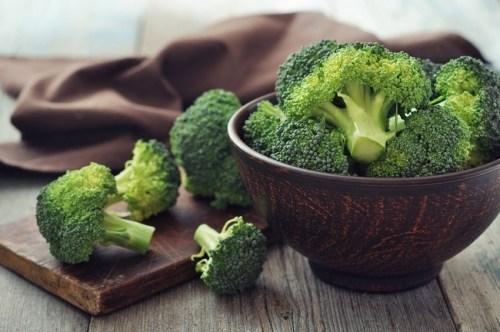 Ăn ngay những thực phẩm này để ngăn ngừa căn bệnh ung thư phổi mà diễn viên Mai Phương đang mắc phải - Ảnh 1