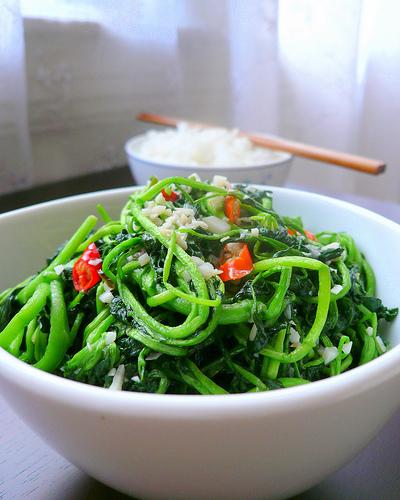 Ăn ngay những thực phẩm này để ngăn ngừa căn bệnh ung thư phổi mà diễn viên Mai Phương đang mắc phải - Ảnh 2